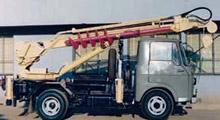 ACD4E型穴掘建柱車